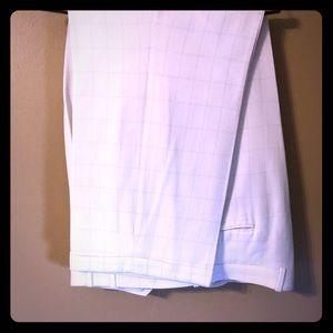 Caravelli Men's dress pants size 43R.